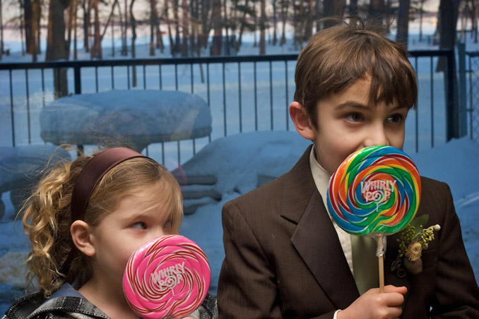 Boy and girl with Whirly Pops